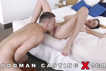 Няшка набирается сексуального опыта на кастинге