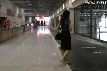 Слежка в строящемся торговом центре