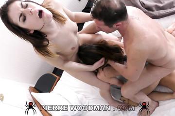 Camilla Moon и Jessica Bell долбятся на кастинге у Вудмана
