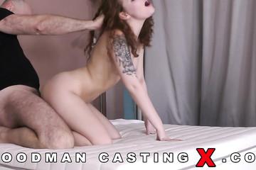 Жестокая ебля на порнокастинге
